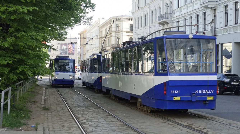 Riga : Tramway  CKD Tatra type T6B5  N0 35121 de 1988
