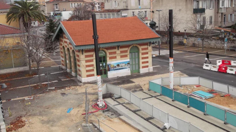 Gare SNCF d'Aubagne - Terminus du Tramway
